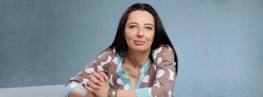 """Психотерапевтът Детелина Стаменова за  хранителните разстройства и """"Войната с храната"""" на проф. Джулия Бъкройд"""